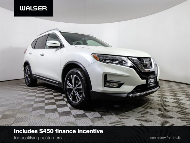 Certified Pre-Owned 2017 Nissan Rogue SV AWD w/ Premium Package