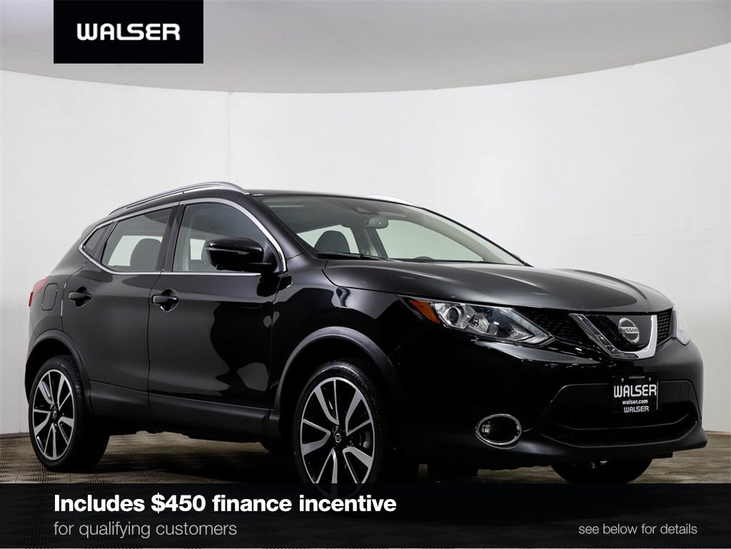 Certified Pre-Owned 2019 Nissan Rogue Sport SL PREMIUM