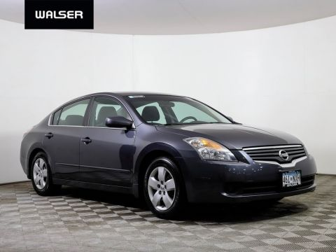 98 Used Cars, Trucks, SUVs in Stock in Burnsville | Walser Nissan